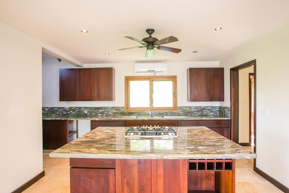 ceiba-hills-kitchen